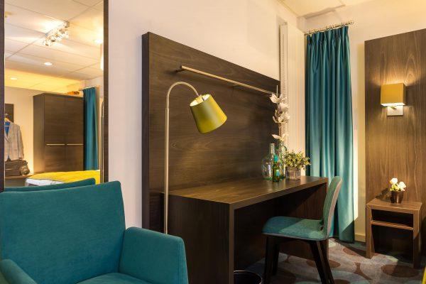 bureau hotelkamer