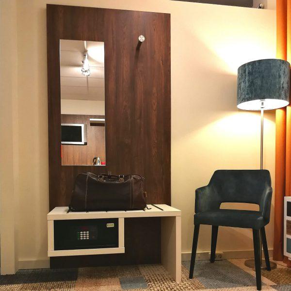 Garderobe spiegel kofferbank